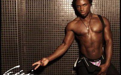 Stripteaseur Nantes Kezi