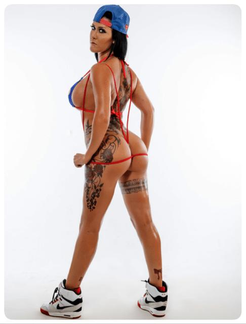 stripteaseuse la-roche-sur-yon malika