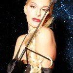 stripteaseuse lyon mina calhoway lausanne fribourg suisse