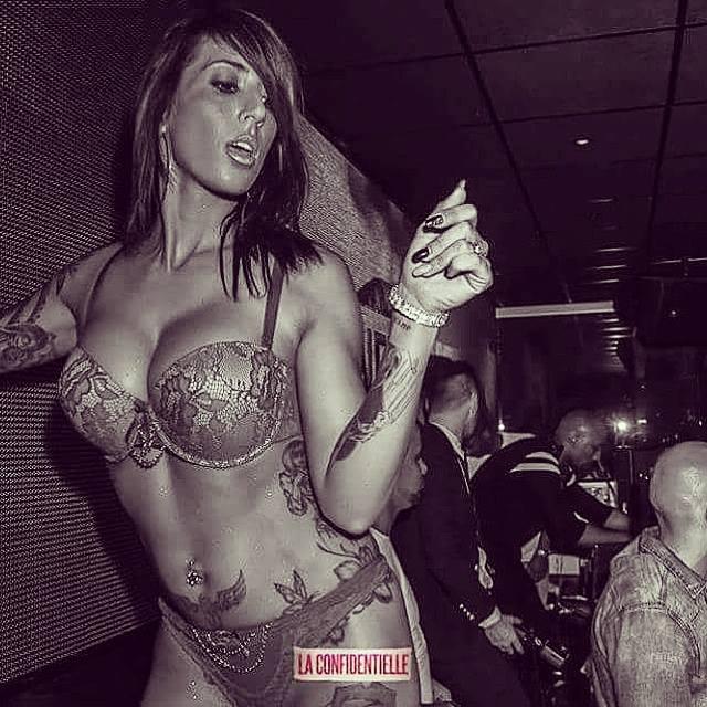 stripteaseuse villefranche divine