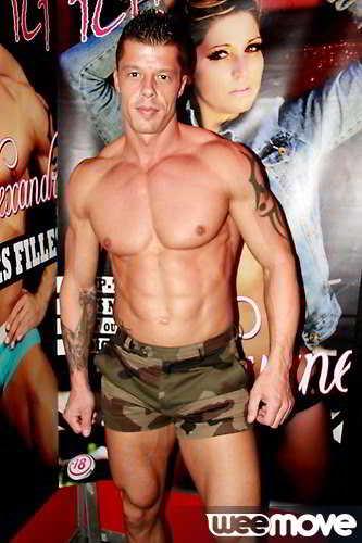 Stripteaseur Bernay Alexandro