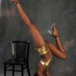 stripteaseuse montauban syiana