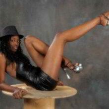 stripteaseuse toulouse syiana