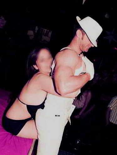 stripteaseur strasbourg discotheque karl