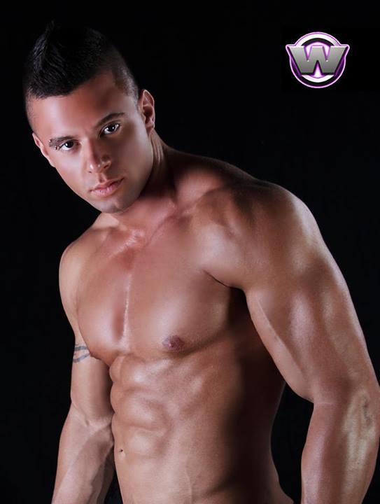 stripteaseur cachan yvan