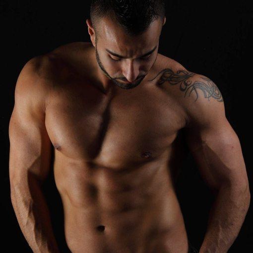 stripteaseur evry tyan