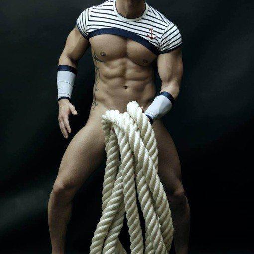 stripteaseur massy mika