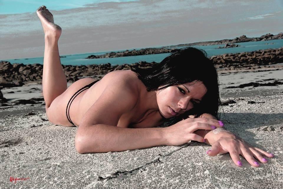stripteaseuse quimper kim