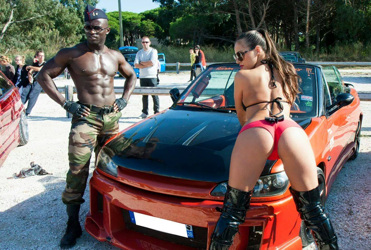 stripteaseur ethan black stripper marseille slider