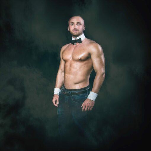 stripteaseur angers angel