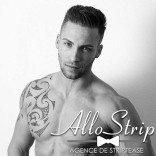 sexy stripteaseur loren