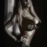 adriana-stripteaseuse-paris (7)