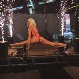 adriana-stripteaseuse-paris (9)