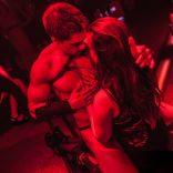 stripteaseur Evan Metz