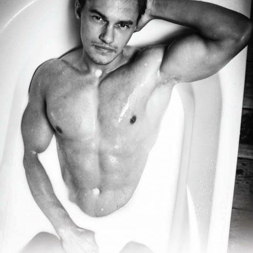 stripteaseur Evan Thionville