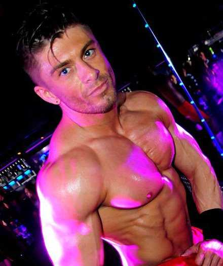 Stripteaseur Douai Sebastian
