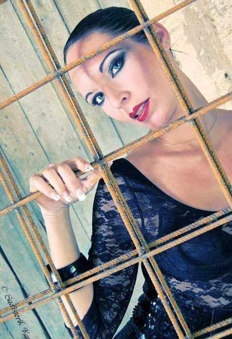 Stripteaseuse Bordeaux Lara Lesparre Médoc , Niort , La Rochelle , MontMorillon