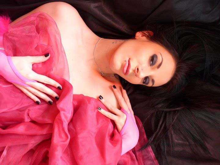 Stripteaseuse Shiny Roanne Vienne Annonay Firminy